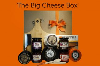 A hamper box for cheese lover's