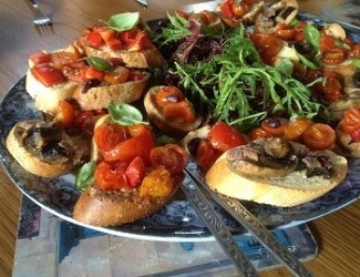 Tomato Bruschetta with Poppy Seed Dressing